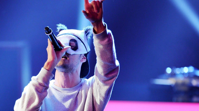 Cro beerdingt sein Maske Bild