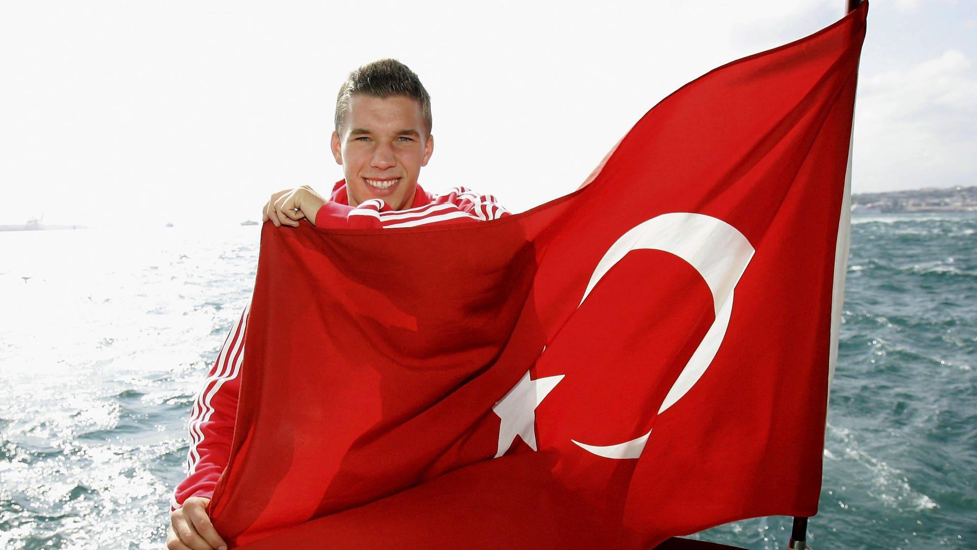 Lukas Podolski Eroffnet Doner In Koln Dasding