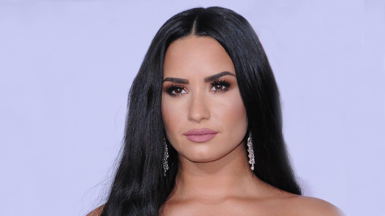 Demi Lovato in Krankenhaus eingeliefert (Foto: Imago, Starface)