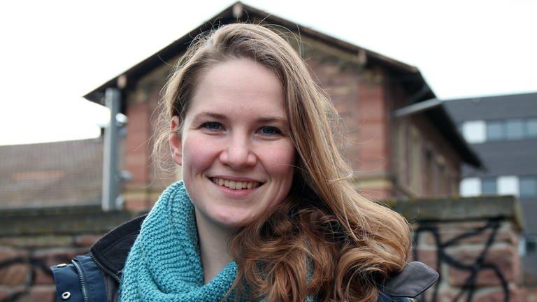 Mado ist 25 Jahre alt, wohnt in Karlsruhe und ist polyamor.; Foto: DASDING