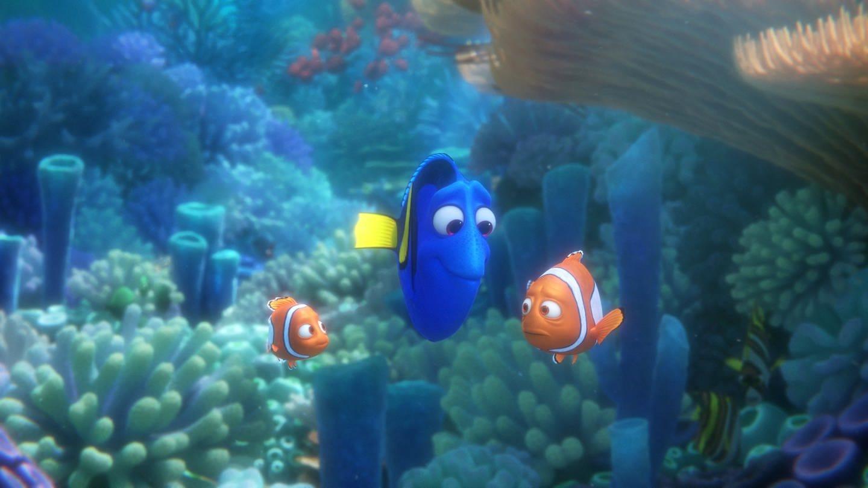 Die Fische Nemo, Dorie und Marlin in einer Szene des Films